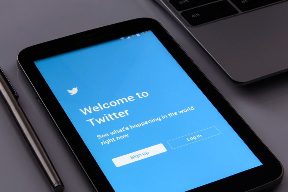 10 Powerful Marketing Tips To Boost Your Business Using Twitter